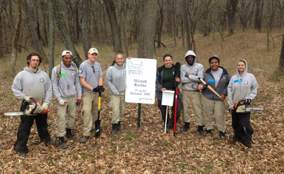 We had a great crew at Shimek with our new Yo-ho tools we recently obtained from a Yo-ho tool grant! This group was from NCCC (Americorp).